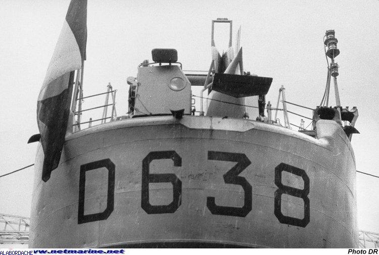 Les Escorteurs d'escadre, origines et refontes Lagalissonniere9455